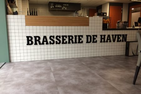 acrylox letters Brasserie de Haven